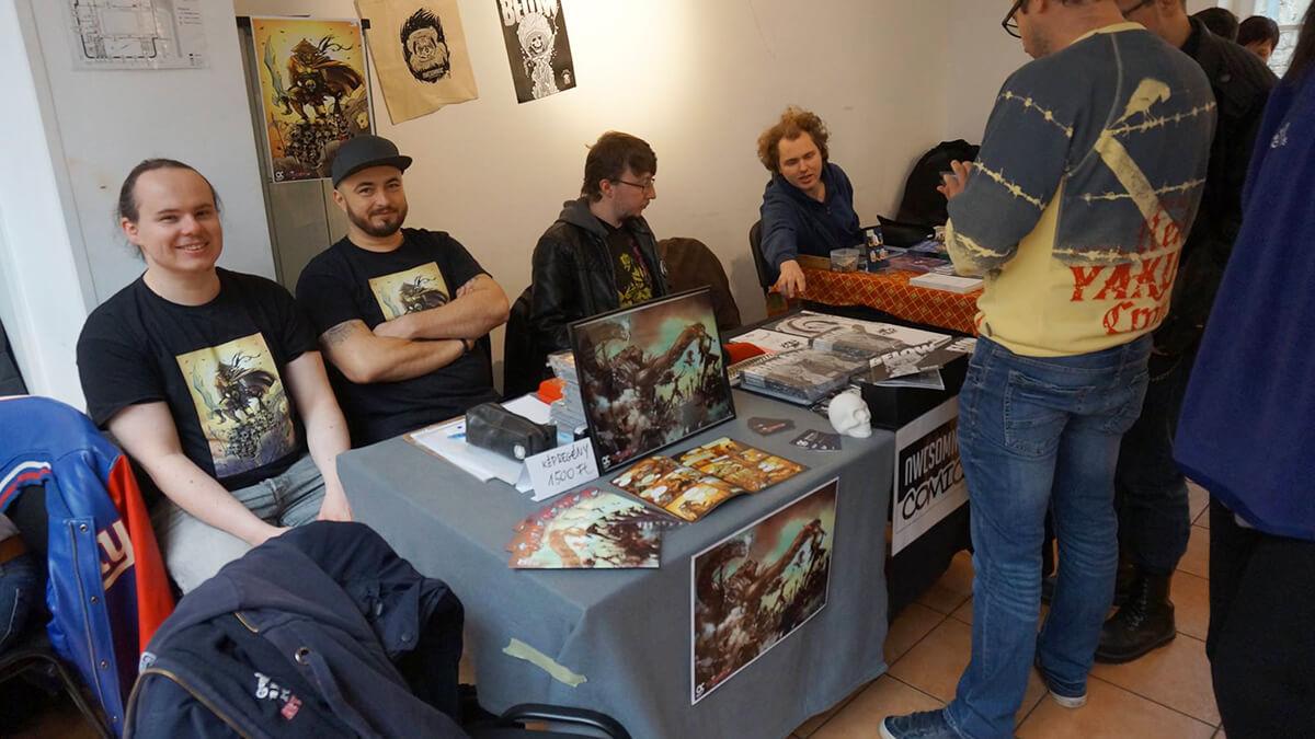 Szabi és Zsolti az OC csapat rajzolója és színezője